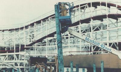 Sid Slatter Sinking a pylon - 1989